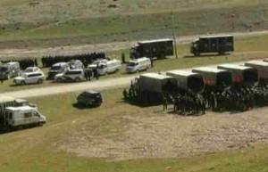 Las fuerzas de seguridad se han desplegado para dispersar a los manifestantes tibetanos en una mina en la zona de Gedrong Zatoe, provincia de Qinghai, el 16 de agosto 2013/RFA