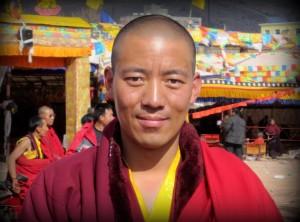 Karma Tsewang, un monje muy popular en el condado de Nangqian en Tibet