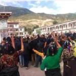 Policía china abre fuego contra manifestantes tibetanos, 10 seriamente heridos