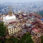 El Dalai Lama y la Administración Central Tibetana expresan pesar y hacen donaciones por el terremoto en Nepal