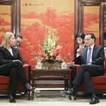 Parlamentarios de la UE instan a la Alta Representante para Asuntos Exteriores a plantear el problema del Tibet con Beijing