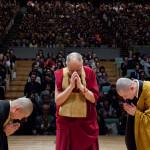 El Dalai Lama dice que el diálogo interrreligioso es la clave para terminar con el terrorismo