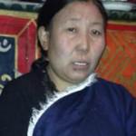 China detiene a hermana y sobrina del prominente prisionero político tibetano fallecido en prisión