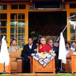 El Dr. Lobsang Sangay Prestó Juramento por un Segundo Mandato como Sikyong Ante Su Santidad el Dalai Lama